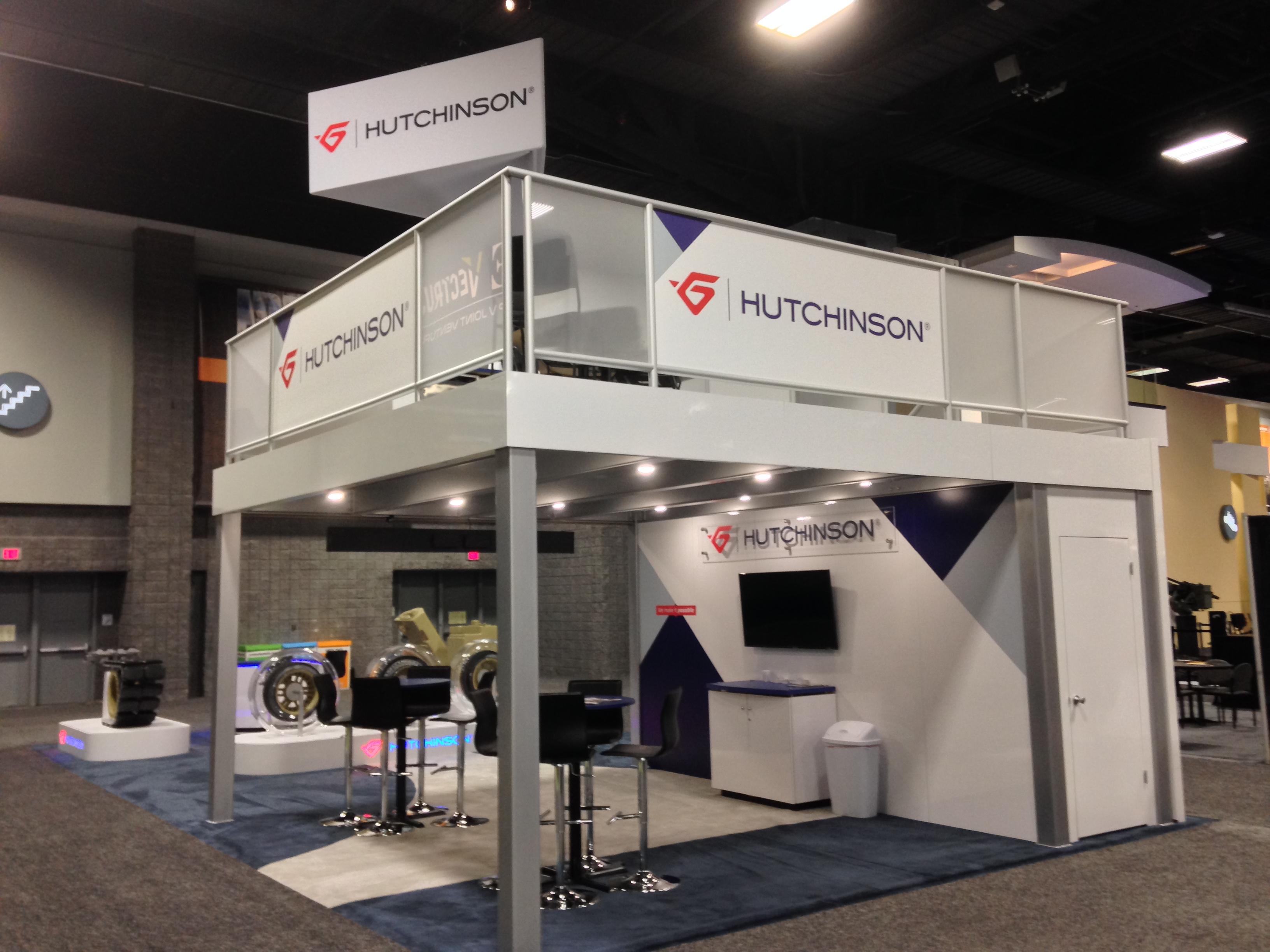 hutchinson-20x40-3